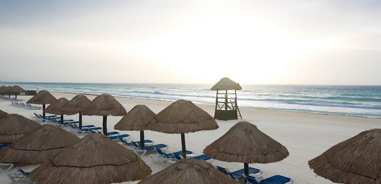 Christmas In Cancun.Adults Only Christmas In Cancun Theinternettraveller Com